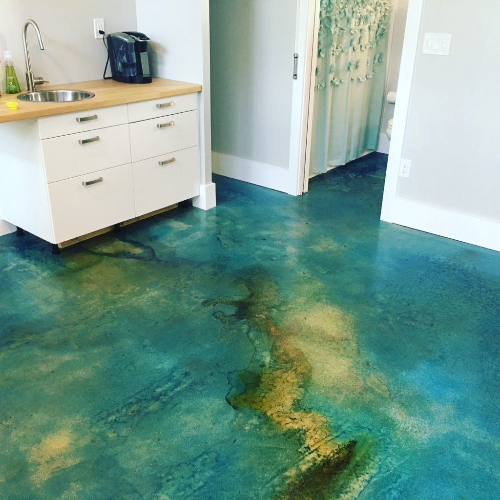 Clear-Shell over stain - RL Surfacing